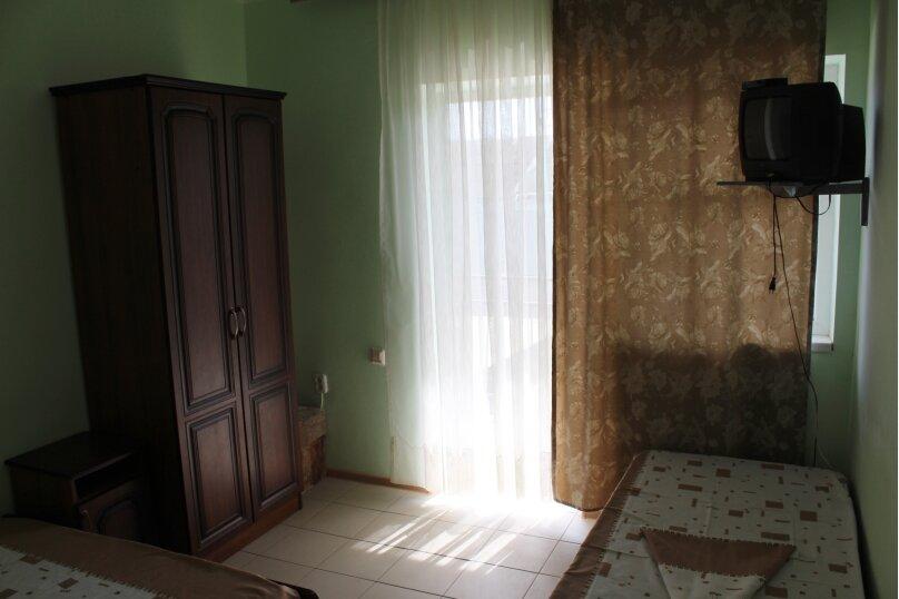 Гостевой дом Джули, Черноморская улица, 150 на 22 комнаты - Фотография 14
