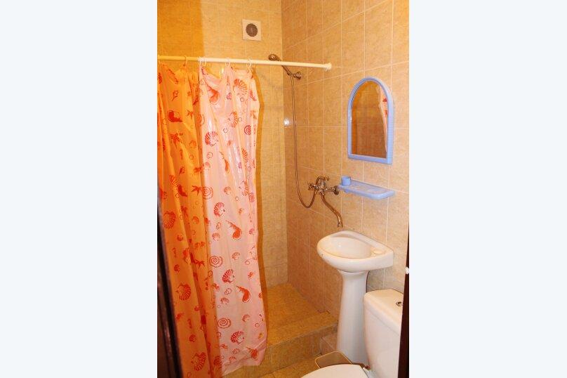 Гостевой дом Джули, Черноморская улица, 150 на 22 комнаты - Фотография 15