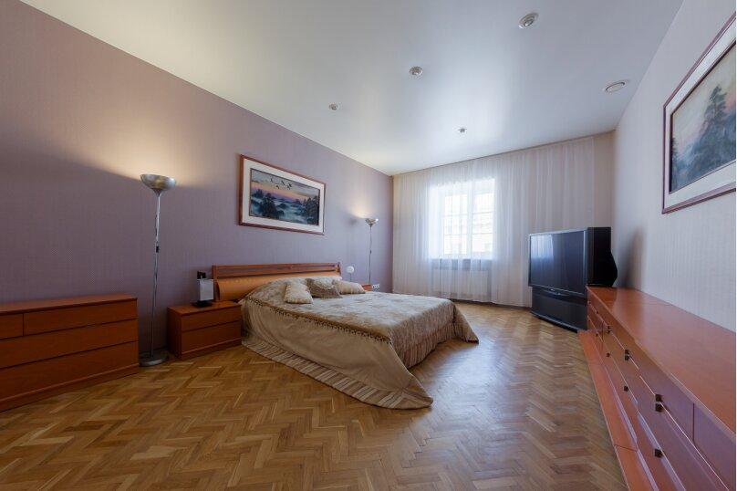 3-комн. квартира, 140 кв.м. на 7 человек, Итальянская улица, 1, метро Гостиный Двор, Санкт-Петербург - Фотография 4