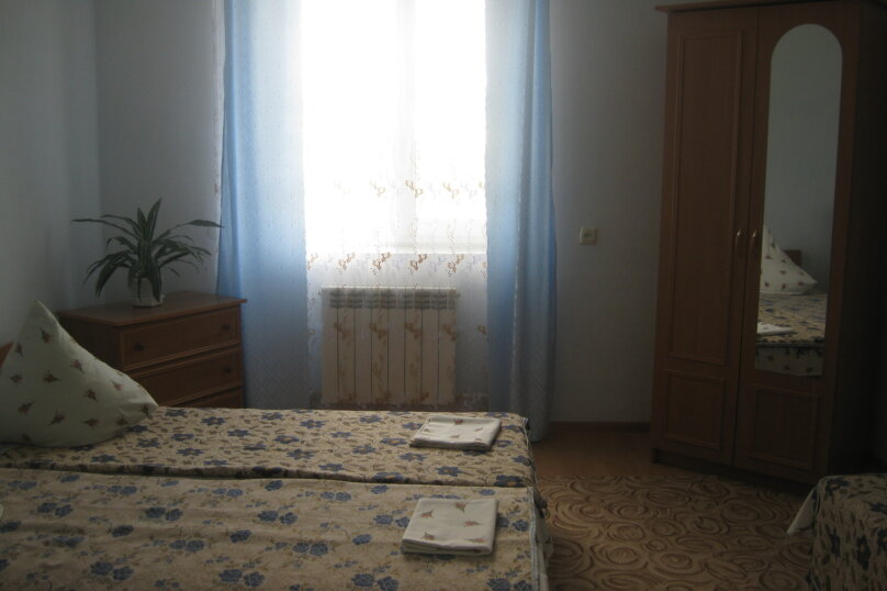 Второй этаж, гаспринского , 22, Судак - Фотография 6
