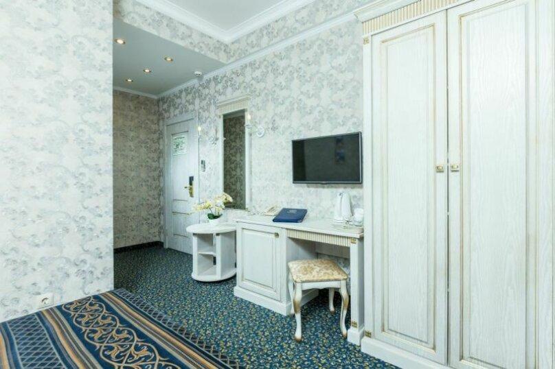 Отель Богема, Гребенская улица, 11 на 18 номеров - Фотография 25