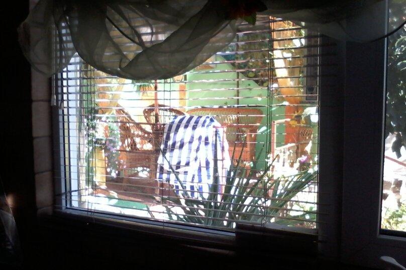 Домик с отдельным двориком, 40 кв.м. на 4 человека, 1 спальня, Артековская улица, 9, Гурзуф - Фотография 16