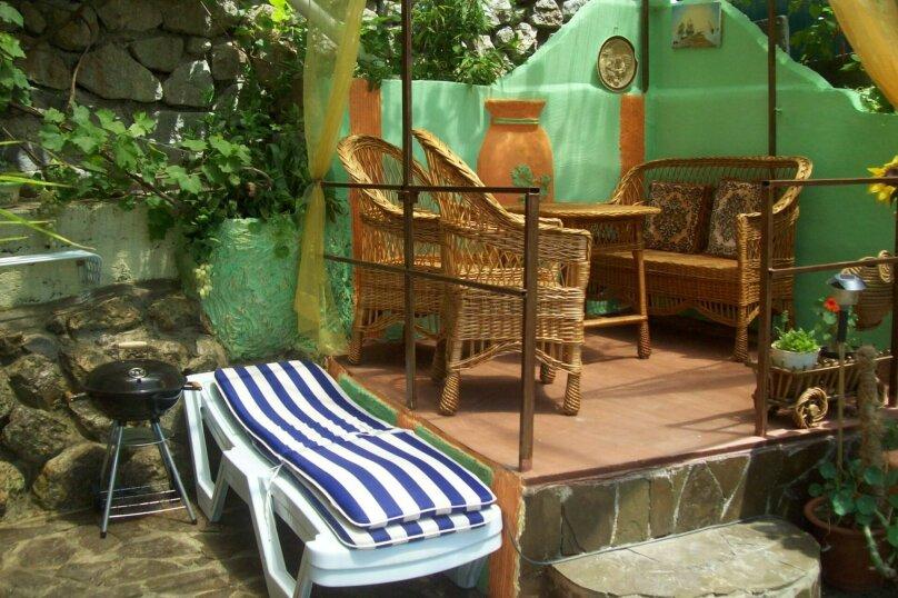 Домик с отдельным двориком, 40 кв.м. на 4 человека, 1 спальня, Артековская улица, 9, Гурзуф - Фотография 3
