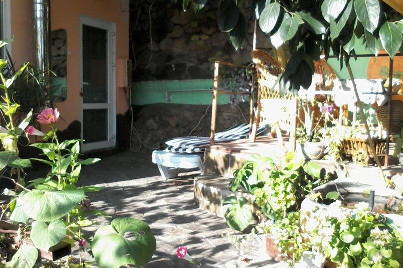 Домик с отдельным двориком, 40 кв.м. на 4 человека, 1 спальня, Артековская улица, 9, Гурзуф - Фотография 7