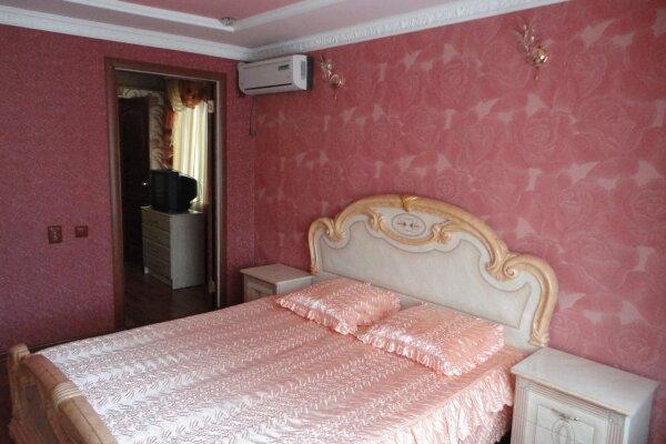 Дом, Алушта, 150 кв.м. на 4 человека, 2 спальни, улица Карла Маркса, 8, Алушта - Фотография 1