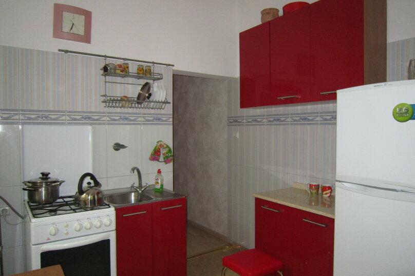 Первый этаж дома рядом с Набережной и пляжем!, 50 кв.м. на 4 человека, 2 спальни, Пальмиро Тольятти, 12, Ялта - Фотография 7