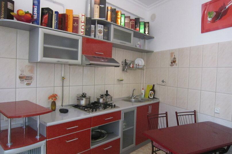 Часть дома на 4 человека рядом с морем и Набережной, 60 кв.м. на 4 человека, 2 спальни, улица Пальмиро Тольятти, 12, Ялта - Фотография 15