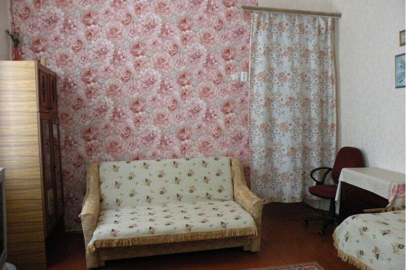 Сдается 3-х комнатный дом в г. Евпатории, 53 кв.м. на 7 человек, 3 спальни, Назаровская, 5А, Евпатория - Фотография 2