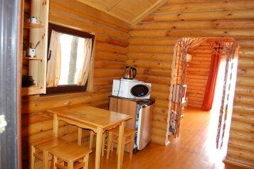 Деревянный домик, 40 кв.м. на 3 человека, 1 спальня, улица Ленина, 42, Алупка - Фотография 1