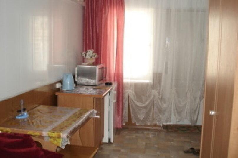 Коттедж , 20 кв.м. на 3 человека, 1 спальня, улица Революции, 26, Евпатория - Фотография 2