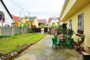 Дом, 54 кв.м. на 8 человек, 2 спальни, Пихтовый переулок, 32, Адлер - Фотография 1