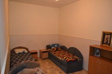 Квартира на земле, 45 кв.м. на 4 человека, 2 спальни, улица Революции, Евпатория - Фотография 4