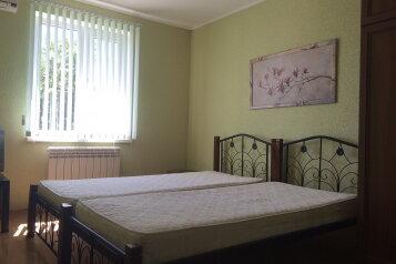 Изумительный  3-х комн. коттедж, 80 кв.м. на 7 человек, 3 спальни, Красноармейская улица, Евпатория - Фотография 4