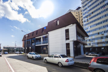 Гостиница, улица Соколова, 84 на 27 номеров - Фотография 1