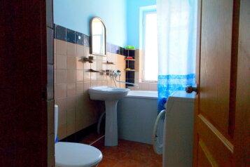 Дом, 80 кв.м. на 6 человек, 3 спальни, проезд Некрасова, 16, Евпатория - Фотография 2