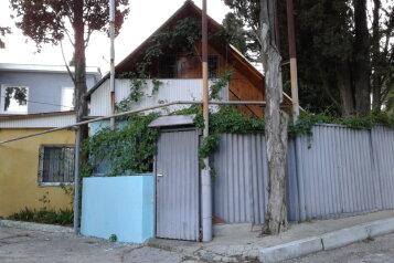 Сдается двухэтажный домик, 70 кв.м. на 7 человек, 3 спальни, улица Мориса Тореза, Отрадное, Ялта - Фотография 1