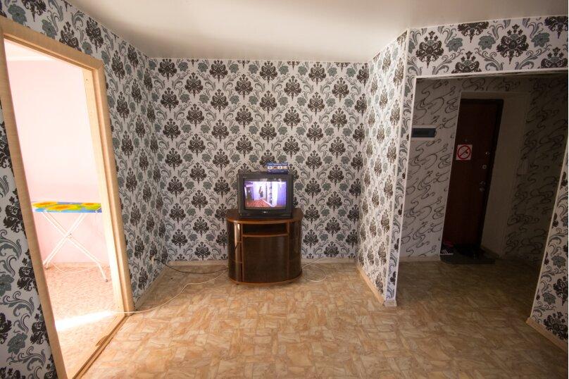 3-комн. квартира, 55 кв.м. на 4 человека, Железнодорожная улица, 8/1, Новосибирск - Фотография 9