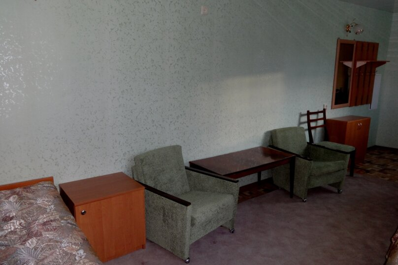 """Гостевой дом """"На Первого Мая 55"""", улица 1 Мая, 55 на 4 комнаты - Фотография 35"""