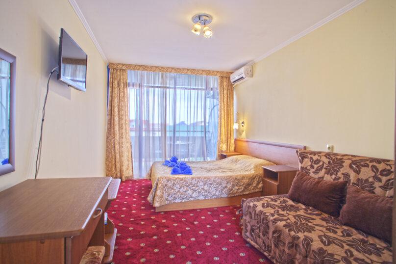 Однокомнатный двухместный с балконом, улица Павлова, 23, Лазаревское - Фотография 1
