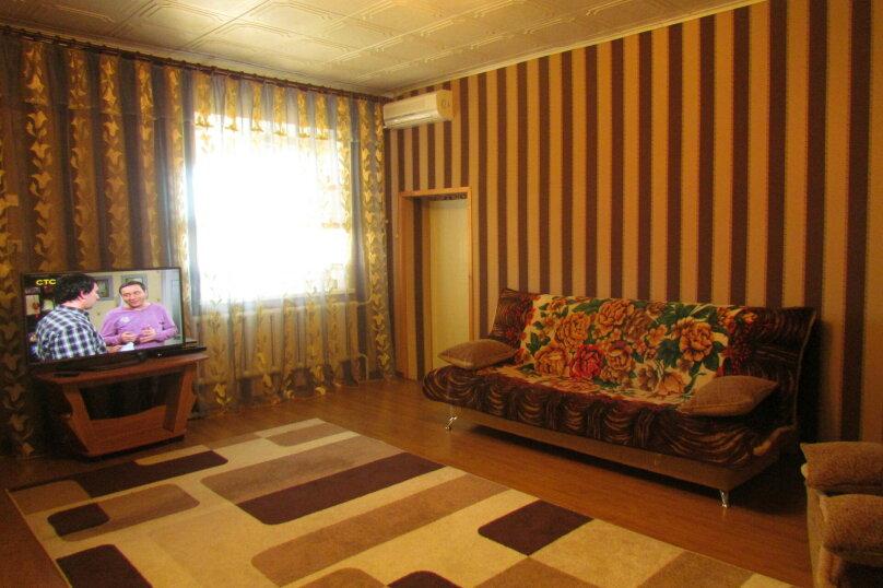 Сдам жилье на Азовском море на 8 человек, 5 спален, улица Чапаева, 120, Должанская - Фотография 2