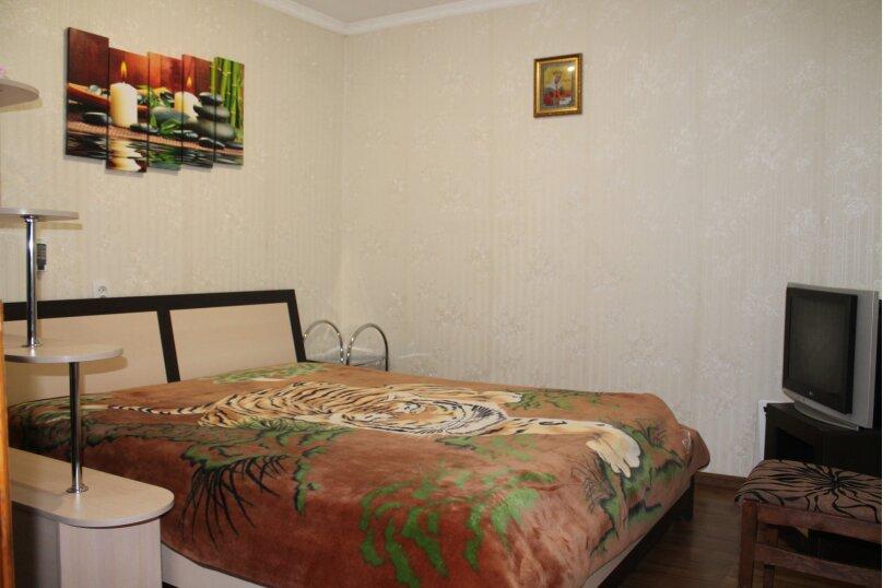Коттедж с террасой, гаражом и видом на море с 1 спальней, 52 кв.м. на 4 человека, 1 спальня, Октябрьская улица, 15, Алушта - Фотография 5