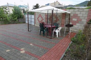 Дом, 150 кв.м. на 11 человек, 7 спален, улица Истрашкина, 20 а, Судак - Фотография 2