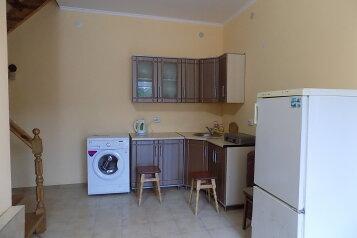 Дом, 150 кв.м. на 11 человек, 7 спален, улица Истрашкина, 20 а, Судак - Фотография 3