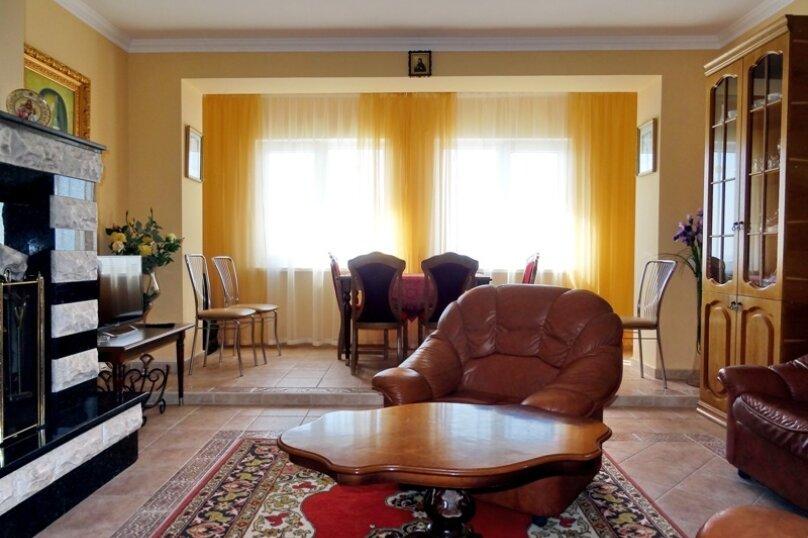 Дом на 10 человек, 3 спальни, Ленина, 71, Алупка - Фотография 2