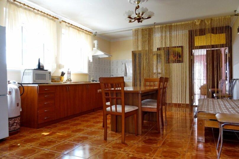 Дом на 10 человек, 3 спальни, Ленина, 71, Алупка - Фотография 9
