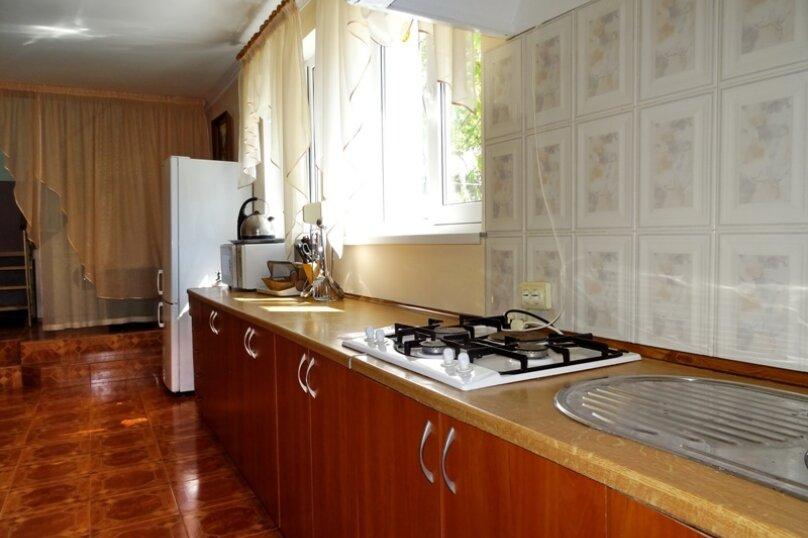 Дом на 10 человек, 3 спальни, Ленина, 71, Алупка - Фотография 10