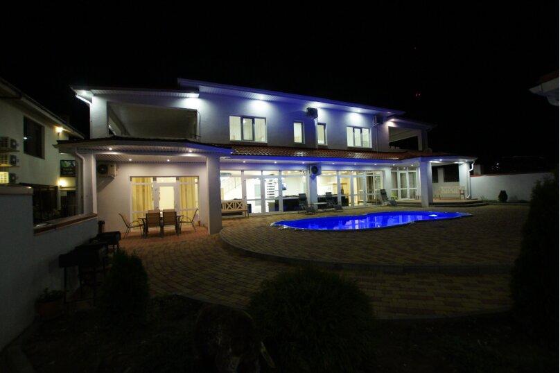 Резиденция , 350 кв.м. на 24 человека, 6 спален, Зеленая улица, 23А, Архипо-Осиповка - Фотография 49