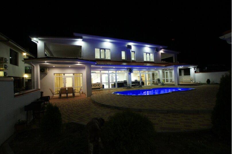 Резиденция , 350 кв.м. на 24 человека, 6 спален, Зеленая улица, 23А, Архипо-Осиповка - Фотография 50
