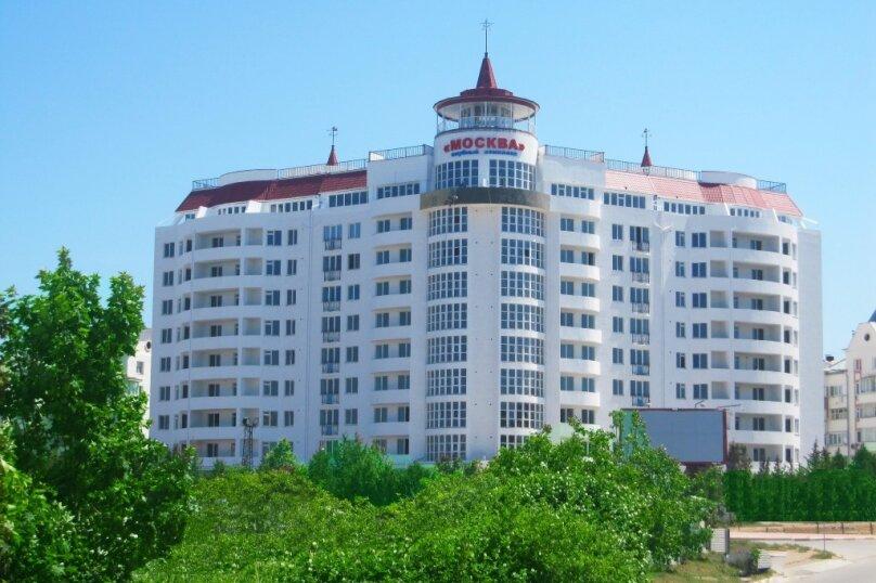 2-комн. квартира, 65 кв.м. на 4 человека, улица Адмирала Фадеева, 30, Севастополь - Фотография 2