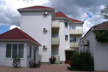 Гостевой Дом, улица Шершнёва на 10 номеров - Фотография 1