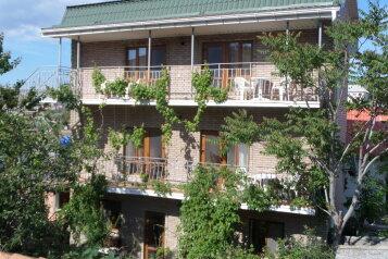 Гостевой дом, улица Айвазовского на 9 номеров - Фотография 2