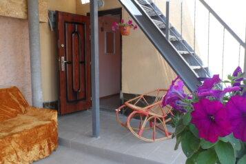 Дом, 50 кв.м. на 4 человека, 2 спальни, Сосновая, Саки - Фотография 3