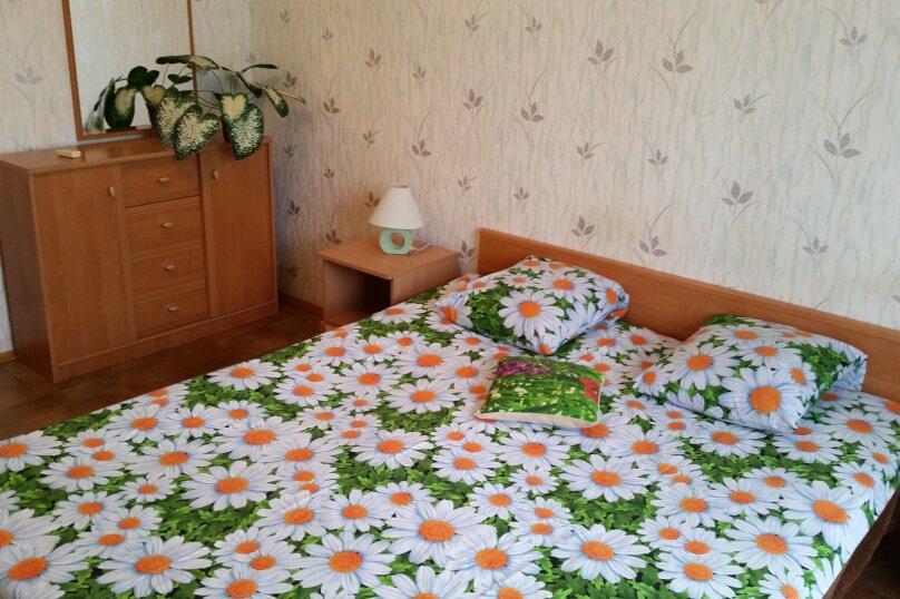 2-комн. квартира, 46 кв.м. на 5 человек, улица Свердлова, 86, Керчь - Фотография 5