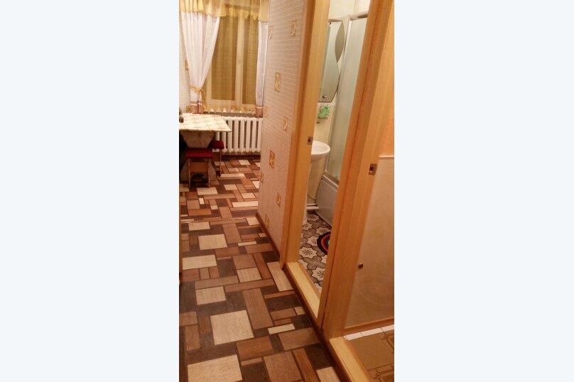 2-комн. квартира, 46 кв.м. на 5 человек, улица Свердлова, 86, Керчь - Фотография 6