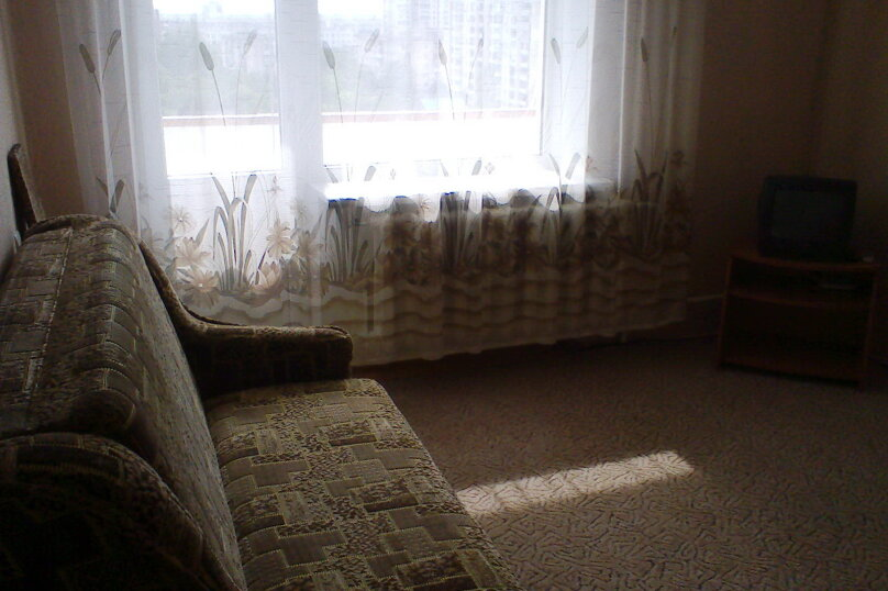 1-комн. квартира на 4 человека, улица Дёмышева, 108, Евпатория - Фотография 1