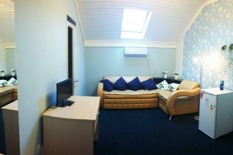 2-х комнатный 4-х местный, Морская улица, 20В, Новомихайловский - Фотография 1