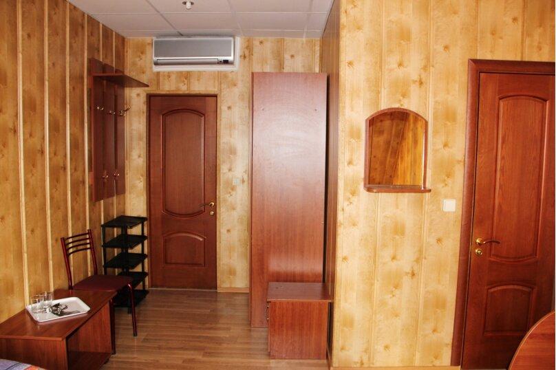 Трехместный ПЛ с ванной, улица Самбурова, 256, Анапа - Фотография 3