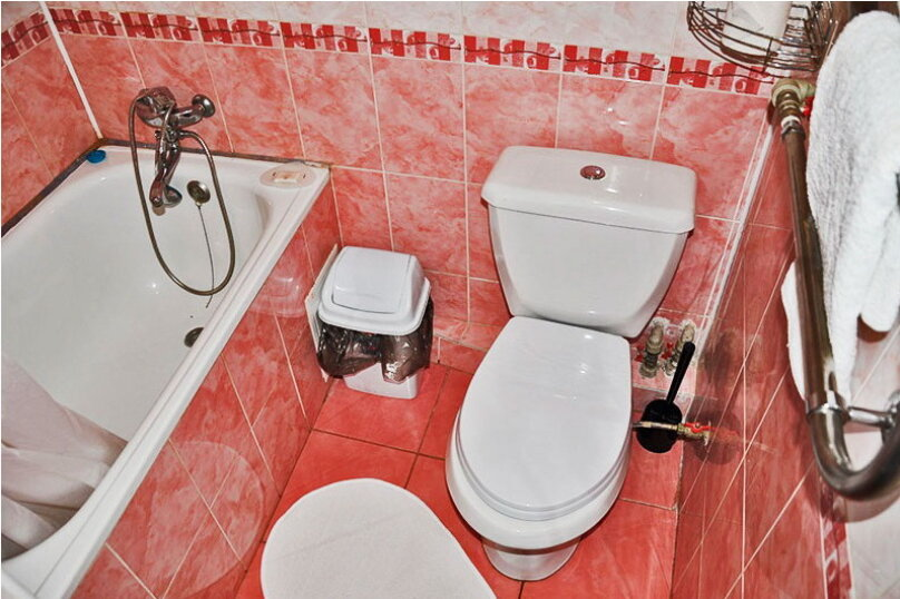Трехместный ПЛ с ванной, улица Самбурова, 256, Анапа - Фотография 4