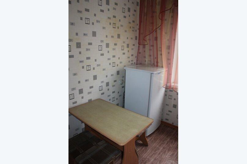 1-комн. квартира, 32 кв.м. на 3 человека, улица 78 Добровольческой Бригады, 19, Красноярск - Фотография 3