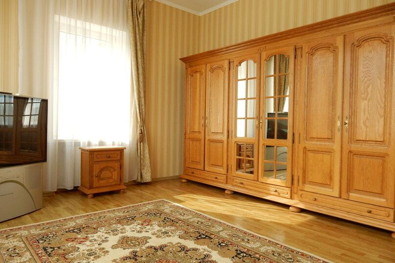 Дом, 350 кв.м. на 10 человек, 10 спален, Поселковая улица, 5, Ялта - Фотография 24