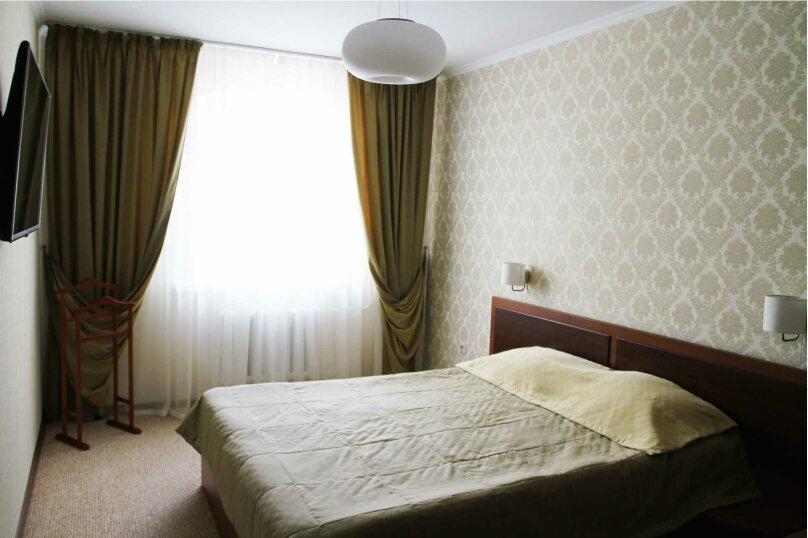 №4 Двухкомнатный номер, улица Горького, 15А, Алушта - Фотография 1