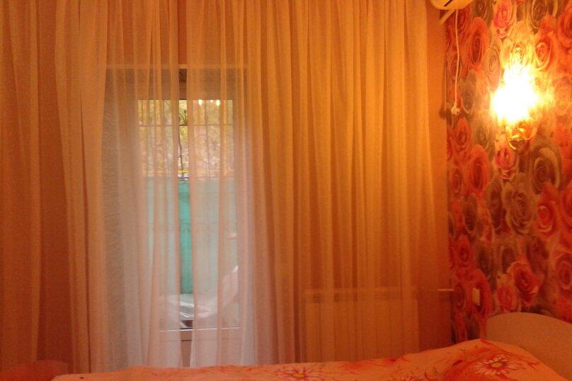 Номер на первом этаже, улица Толстого, 10, Ялта - Фотография 12