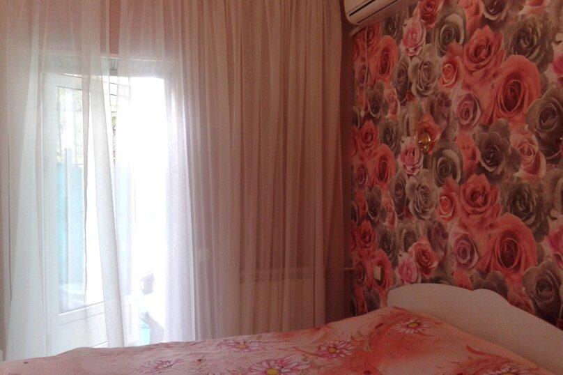Номер на первом этаже, улица Толстого, 10, Ялта - Фотография 17