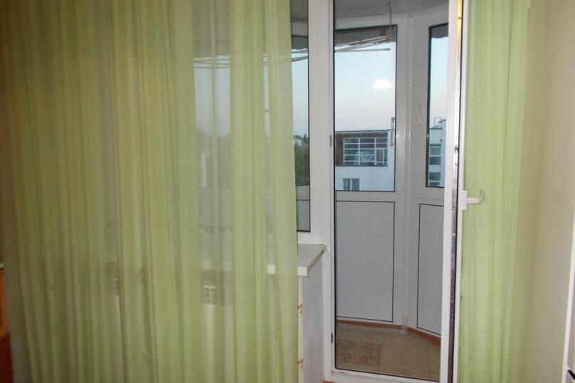 2-комн. квартира, 64 кв.м. на 6 человек, улица Коммунаров, 26, Ейск - Фотография 11