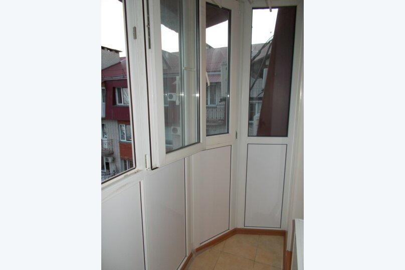 2-комн. квартира, 64 кв.м. на 6 человек, улица Коммунаров, 26, Ейск - Фотография 14