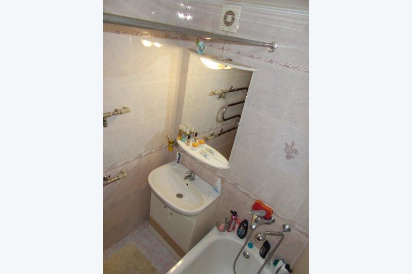 2-комн. квартира, 64 кв.м. на 6 человек, улица Коммунаров, 26, Ейск - Фотография 29
